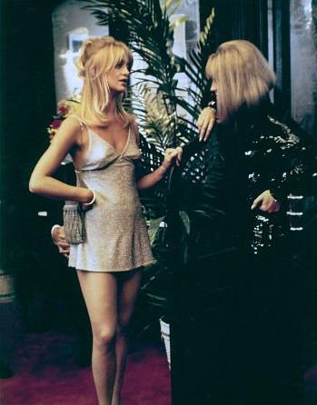 """Goldie Hawn with Julie Christie in """"Shampoo"""" (1975 ..."""