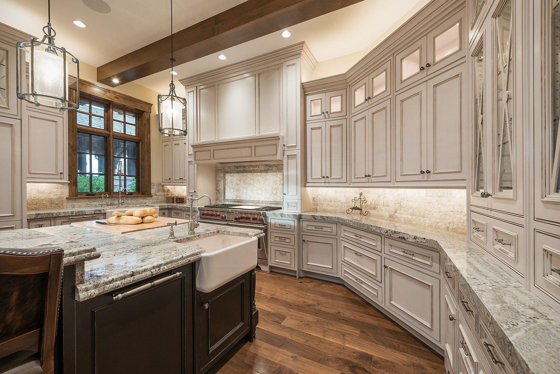 Elegant kitchen in Park City, Utah by Cameo Homes Inc