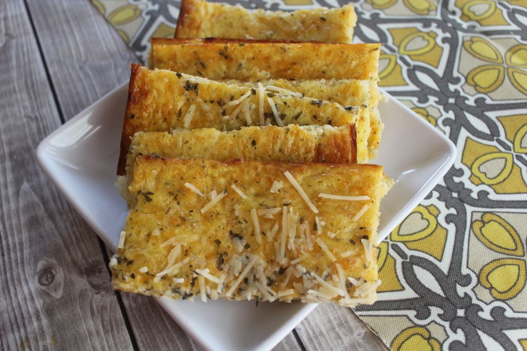 Avoiding carbs? Going gluten free due to intolerance? Not only is this recipe for Low Carb Cheesy Bread gluten free, Keto, and low carb diet friendly but it tastes amazing. It is also a very versatile substitute for bread items- you can eat it slightly cooled right out of the oven or slice, freeze, and …