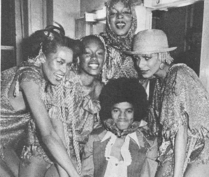 """Michael Jackson and the cast of """"The Wiz"""" at Studio 54, 10.25.1977. Germany 2014: Exhibition """"Excess In Black And White"""", photos by Tod Papageorge at the Gallery Thomas Zander, Cologne"""