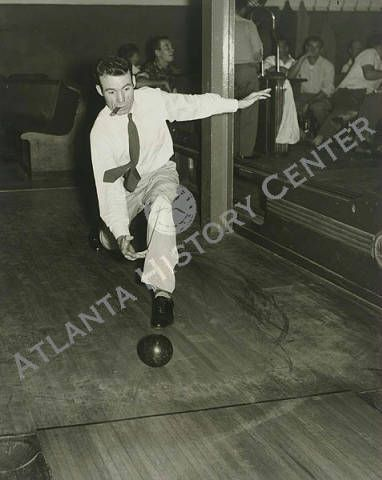View Of James Netherland Of The Exposition Cotton Mills Bowling Team In Atlanta Georgia Atlanta History Center Bowling Team Cotton Mill Recreation
