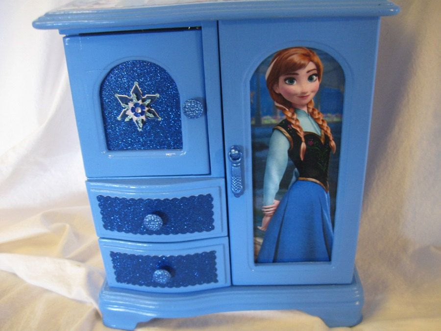 Disneys Frozen Anna and Elsa Upcycled Jewelry Trinket Box