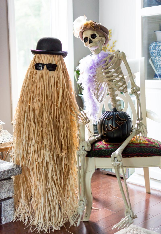 Cousin Itt Halloween prop DIY Addams Family Cousin It