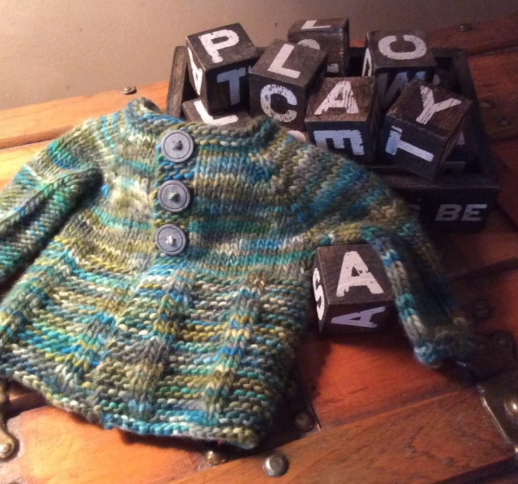 Looking for your next project youre going to love little greenup find the perfect oh so cozy sweater for your little one or for an upcoming baby shower gift in this cute collection of free baby sweater knitting patterns bankloansurffo Images