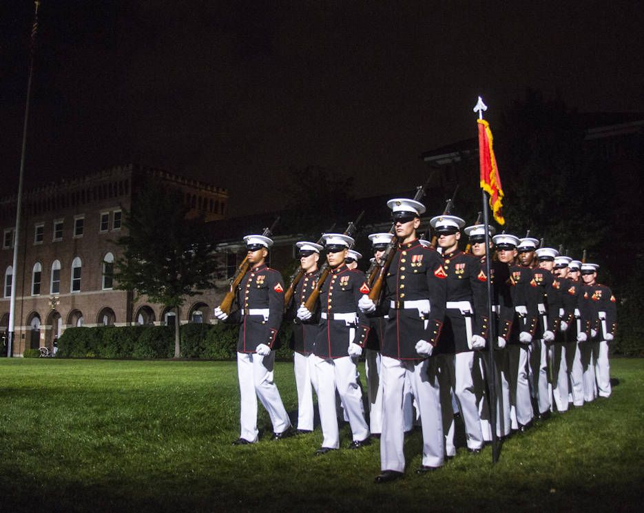July 7 2016 Friday Evening Parade Marine Barracks Parades Military Life