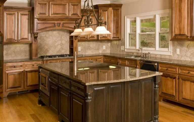 Luxury L Shaped Kitchen With Large Island