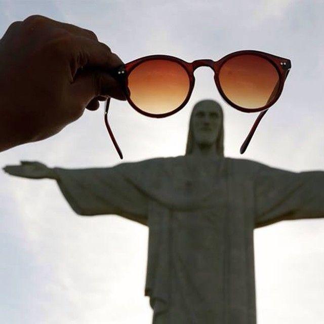 www.bamm.com.br Nosso THE ILLE esses dias no Cristo :) #oculosdesol #oculosestiloeuropeu #oculosescuros #ProntosProNascerDoSol #QuemNaoTemColírio #BAMM #bammille