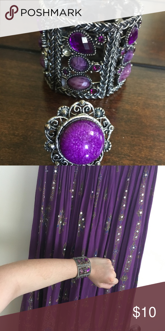 Esmeralda-like jewelry Bundle this with the purple skirt and it's a perfect match! Bracelet and ring set Jewelry