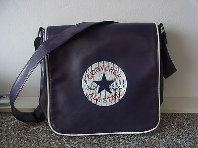 Neuwertige, tolle Converse All Star Tasche lila
