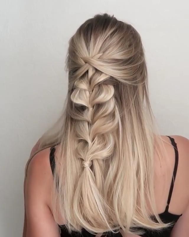 Classic pull through boho braid, one of my fave styles @whatlydialikes via Instagram -   20 hairstyles Vintage tutorial ideas