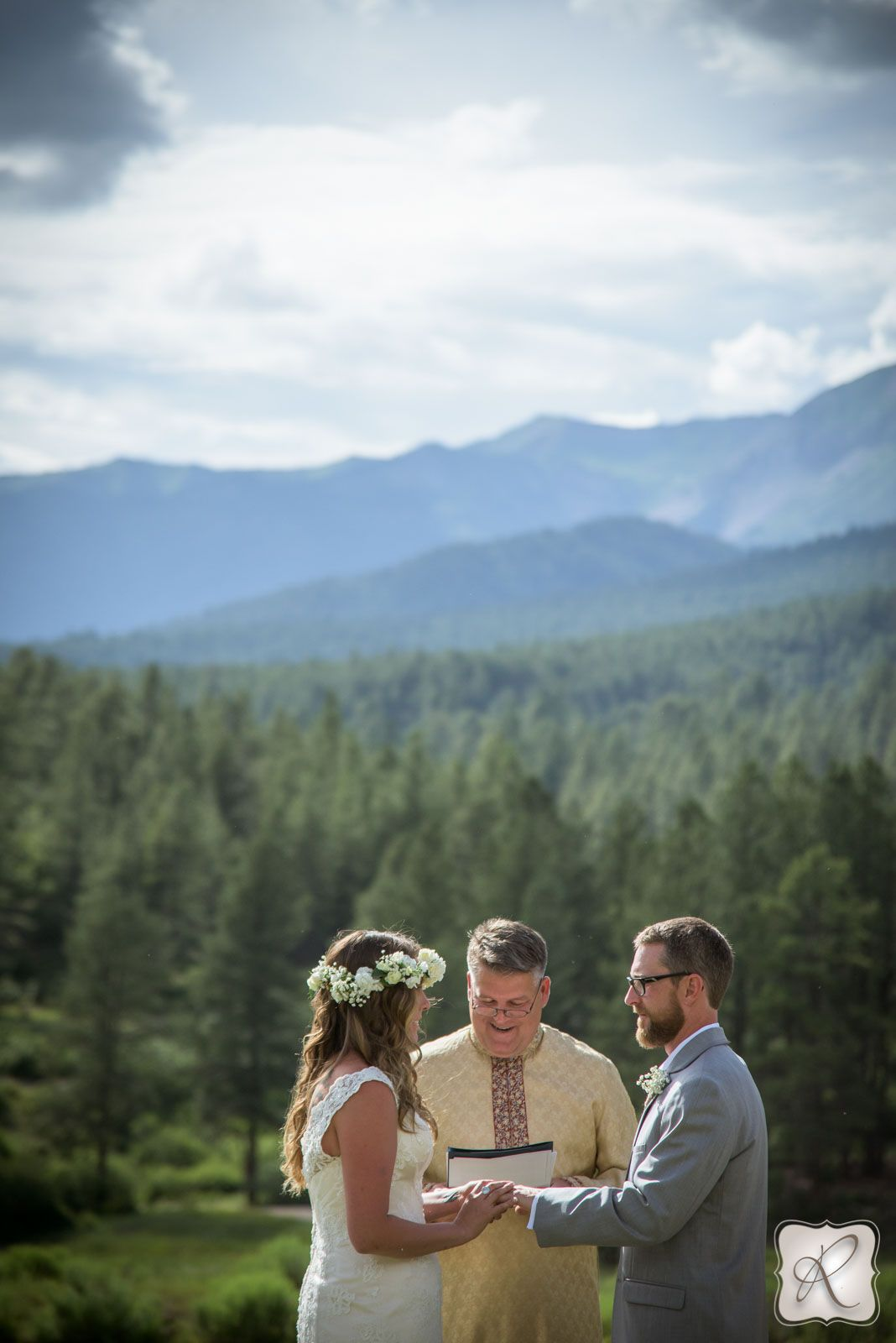 Brockett Wedding at Silver Mountain Guest Ranch Unique