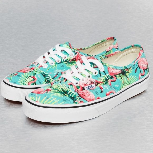a9c01cc467 New Vans Authentic Van Doren turquoise flamingo New in box Vans Authentic  Van Doren turquoise flamingo. Rad Hawaiian print with leaves and flamingos.