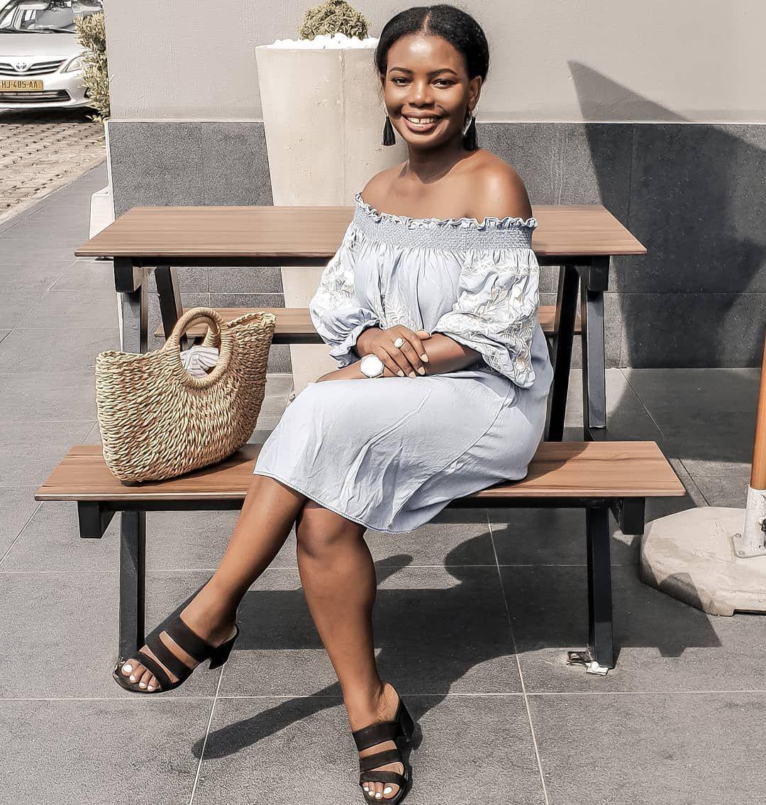 Brown Skin Girl 😊💁🏿♀️ ~ Sun sun sun  sun ...and sun ☀️🌴 Have a good sunday👋  ___