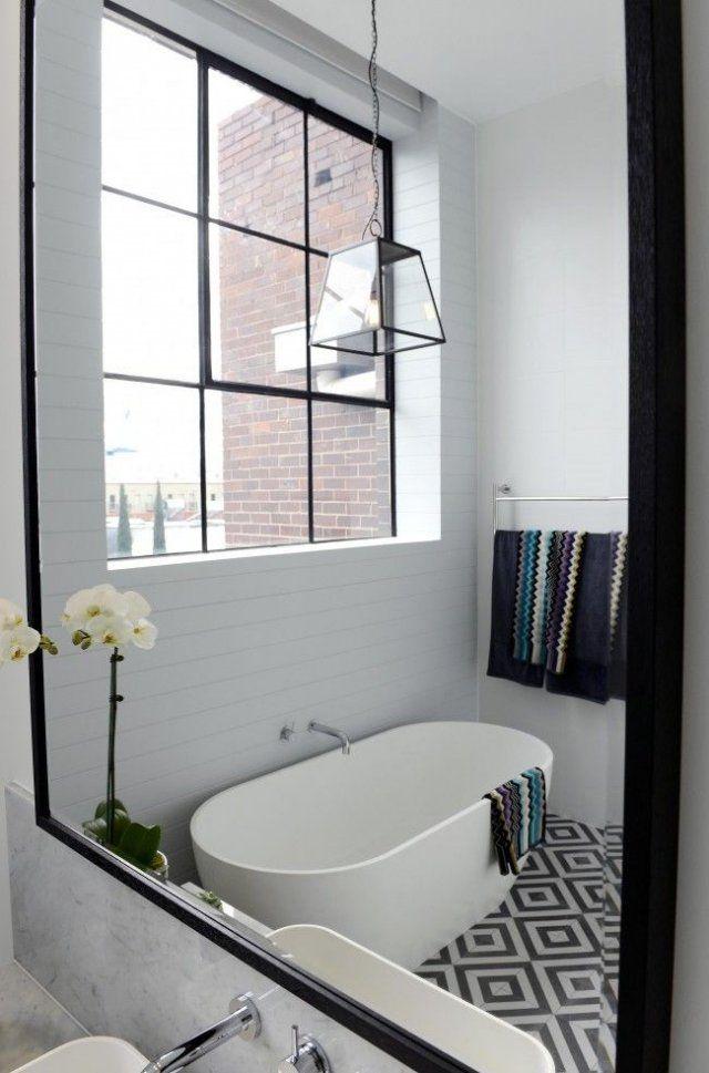 Une salle de bain au sol géométrique | bathroom | Pinterest | Bath ...