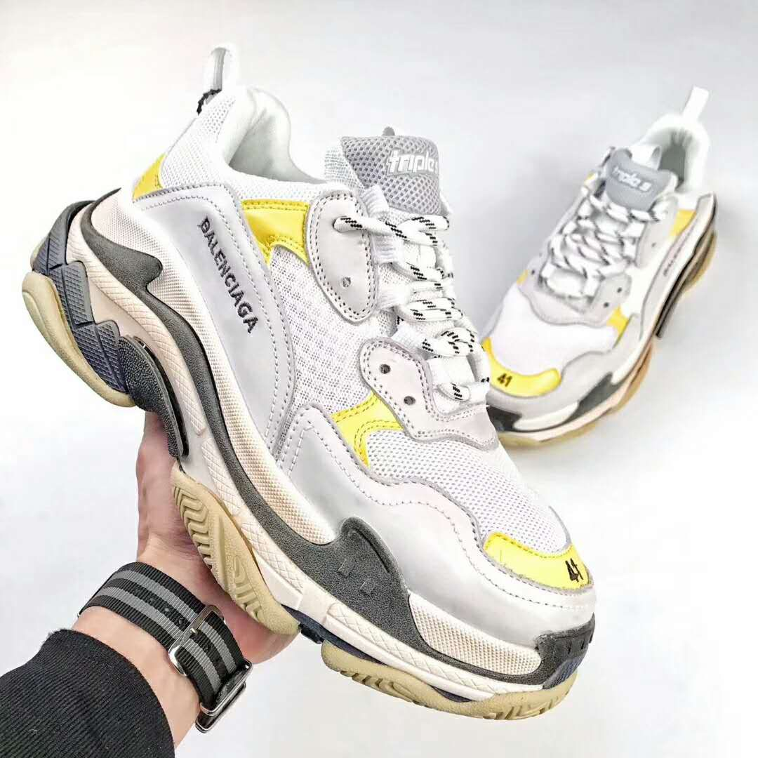 Dover Street Market DSM Exclusive Balenciaga Triple S TRAINER DAD SHOES  White Yellow 3fad879bb4