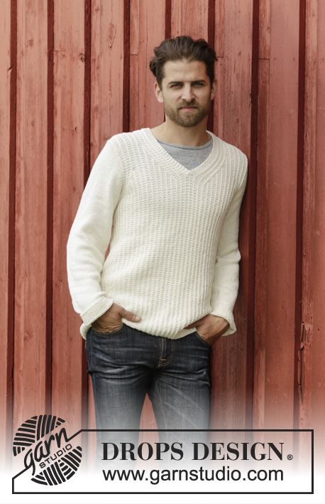 Knitted DROPS men\'s jumper with textured pattern and V-neck in ...