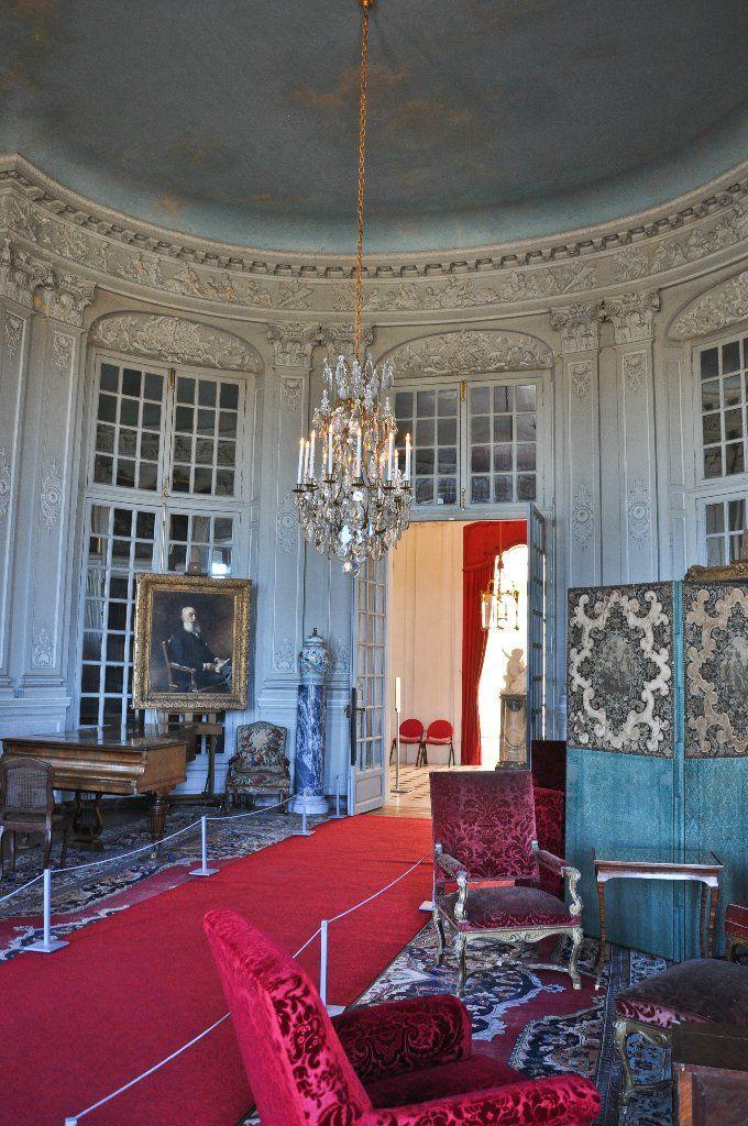 Орнамент и стиль в ДПИ - Замок в Шан-сюр-Марн (Champs-sur-Marne), Иль-де-Франс (Île-de-France)