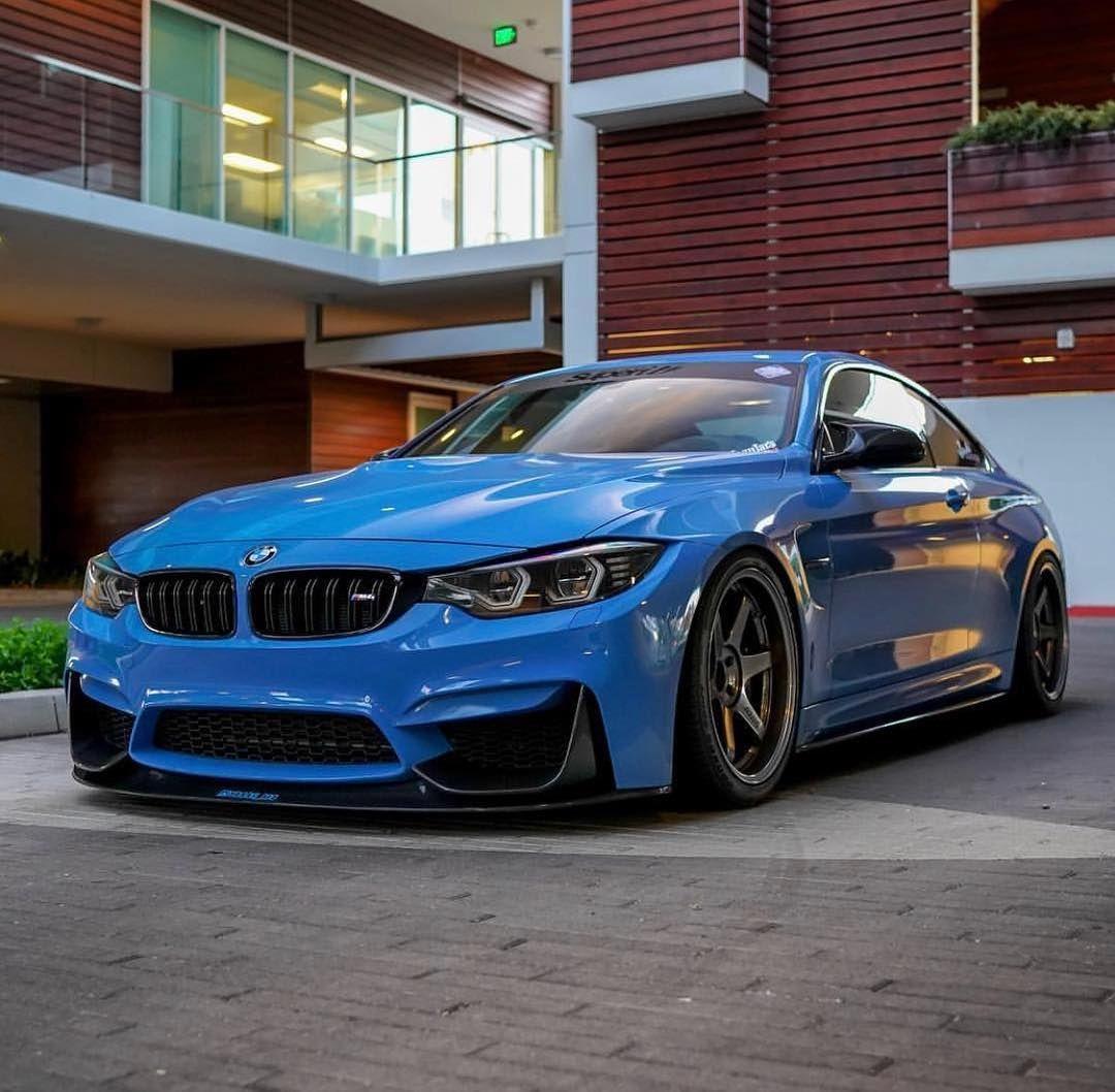 BMW F82 M4 in Yas Marina Blue   Бмв x5, Мотоцикл, Автомобили