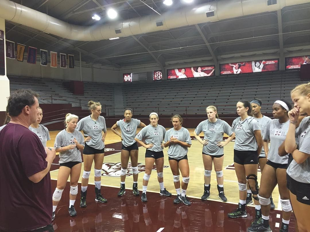 See This Instagram Photo By Hailstatevb 171 Likes With Images Volleyball Mississippi Mississippi State