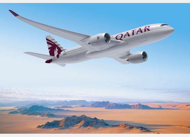 Qatar Airways A350 Xwb First Customer To Buy The New Airbus A350 Xwb Airbus A350 Qatar China Southern Airlines Qatar Airways Dubai City