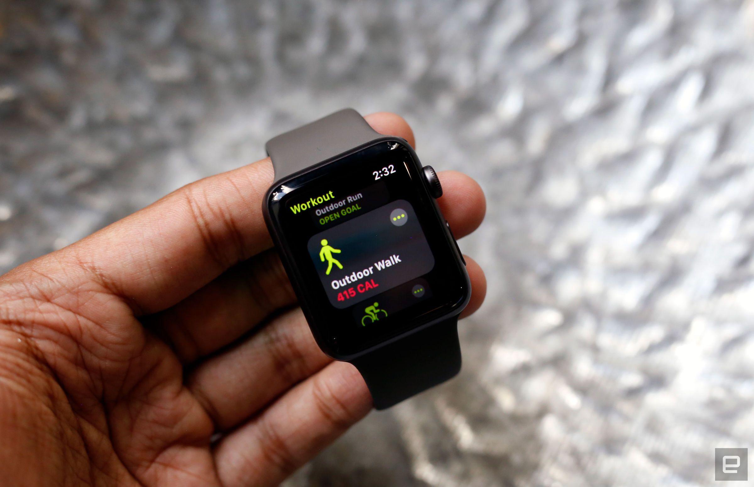 Life Insurer Offers Members A 25 Apple Watch If They Earn It