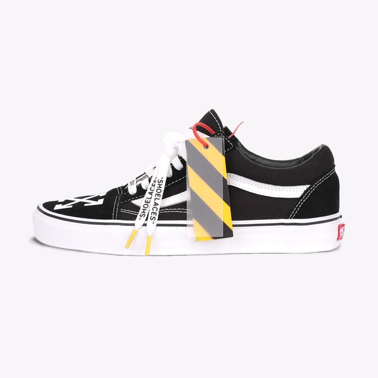 54c0c86f26 This iconic Vans Old Skool low-top sneaker features a hand-painted ...