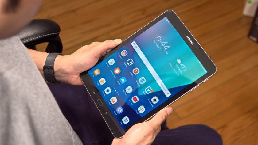 Update Android 8 0 Oreo May Soon Arrive For Galaxy Tab S3 Galaxy Tab Android Samsung Galaxy Phone