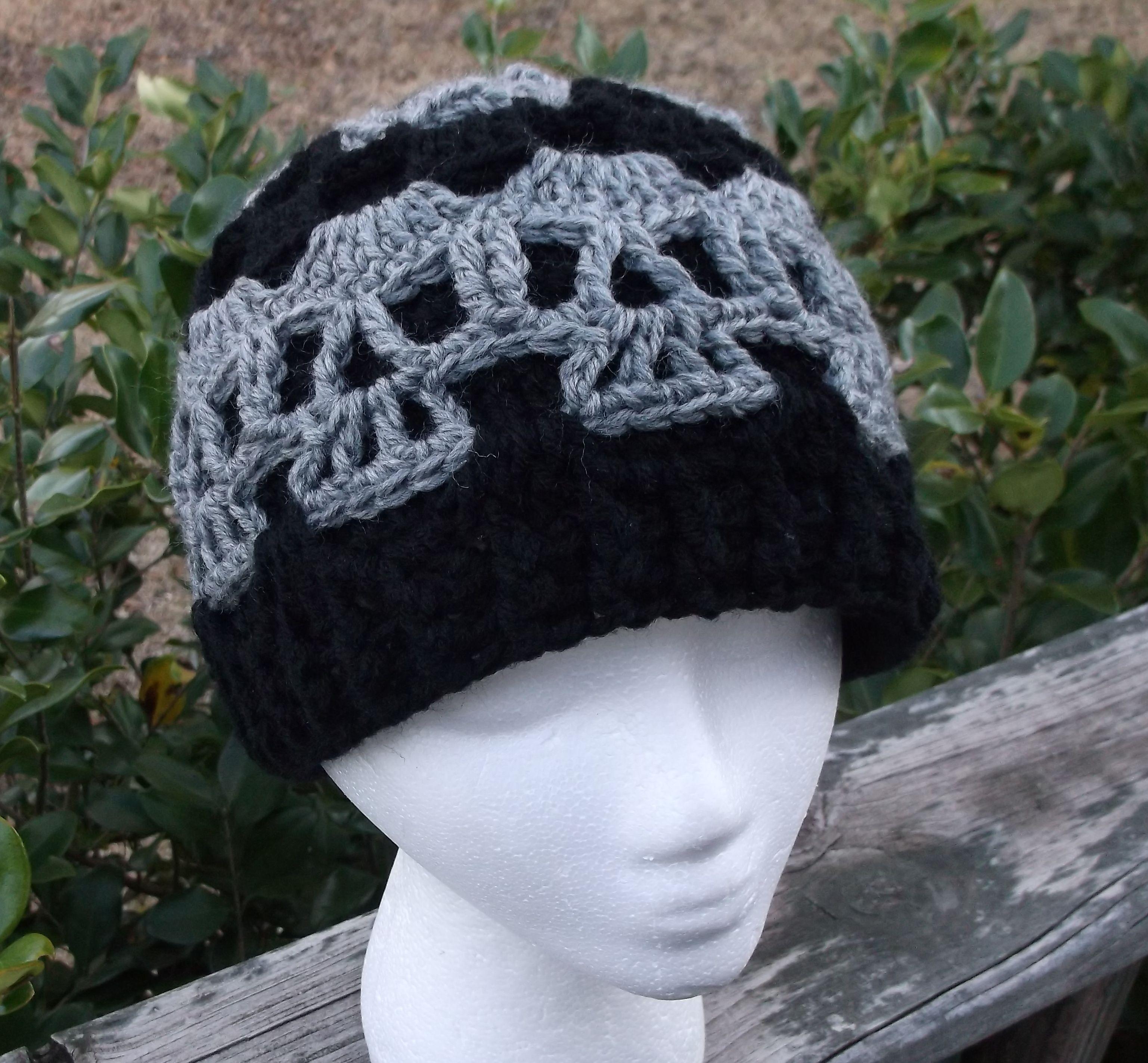 Creepy Skull Hat Crochet | crochet hats, headbands, gloves | Pinterest