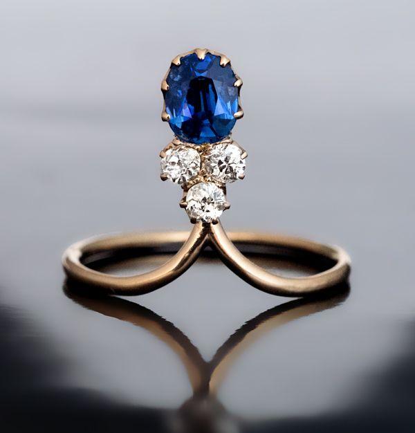 An Elegant Art Nouveau Antique Sapphire and Diamond Ring, Russian, 1908-1917.