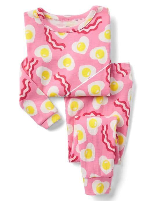 318b102813d2 GAP Bacon   Heart Eggs Sleep Set  26.95 Baby Girl Pajamas