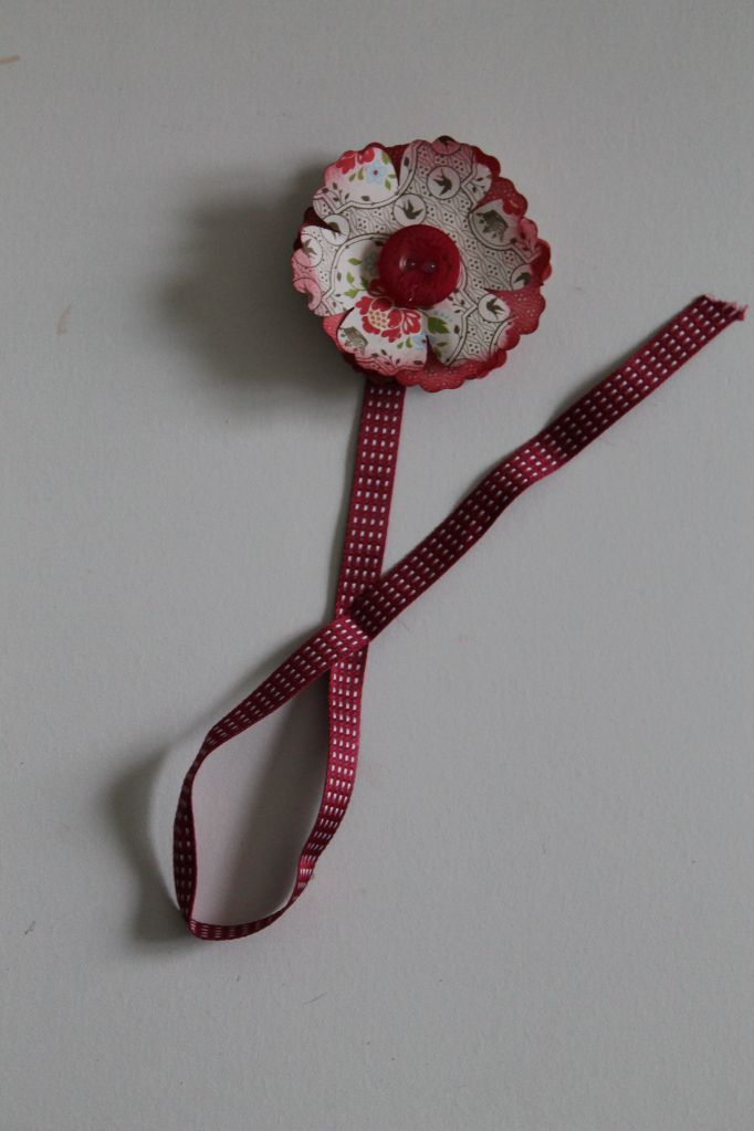 Paper flower bookmark