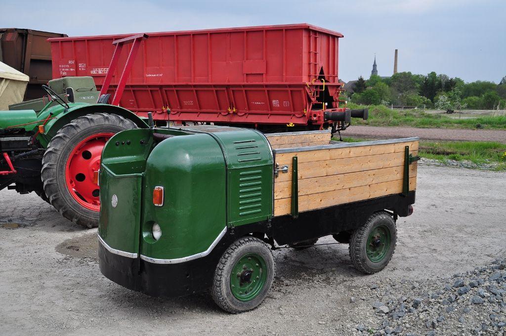 Dieser etwas skurril aussehende Multicar M 21 Dieselameise ...