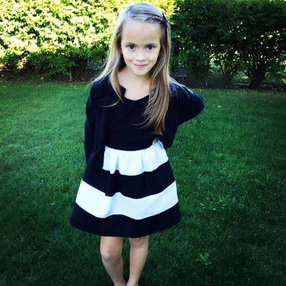 Black And White Striped Skirt Mordern Girls Clothing