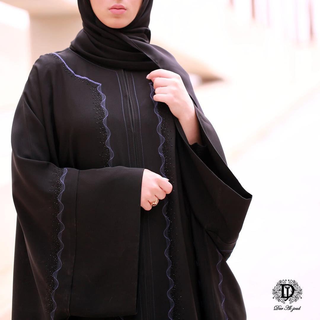 611 Likes 8 Comments عبايات دار الجود Daraljoudabayas On Instagram تشكيلة عبايات رمضان في دار الجود السالمية ش Fashion Abaya Designs Abaya Fashion