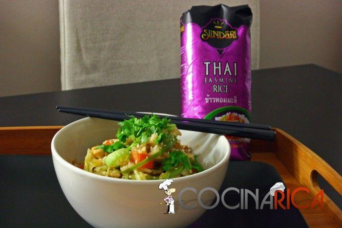 Arroz frito tailandés http://www.cocinarica.es/arroz-frito-tailandes.html