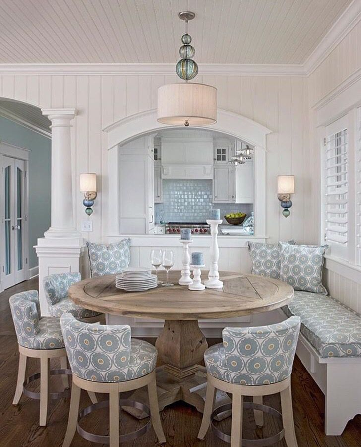 Breakfast Nook, Love The Sconces And Matching Art Glass