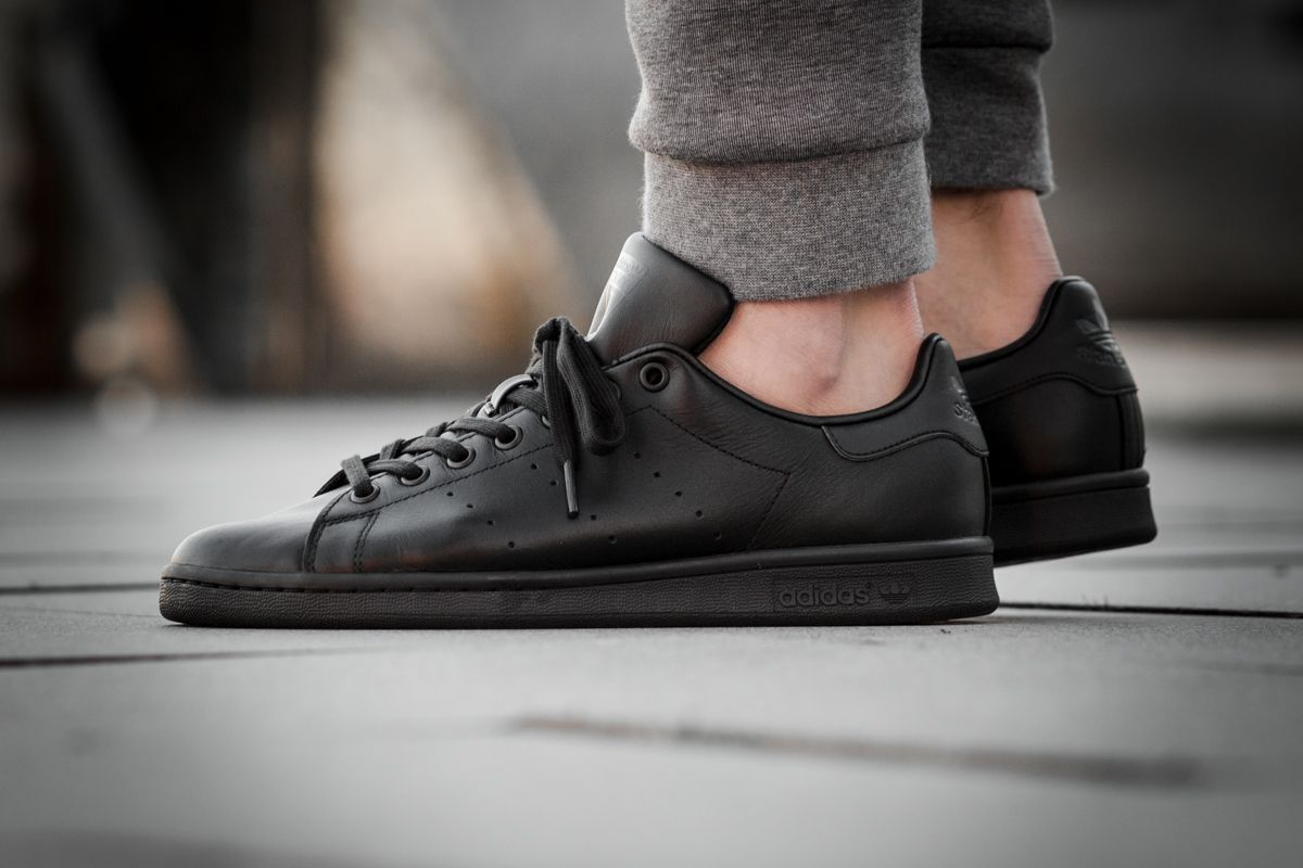 adidas Originals Stan Smith | Latest sneakers, All black