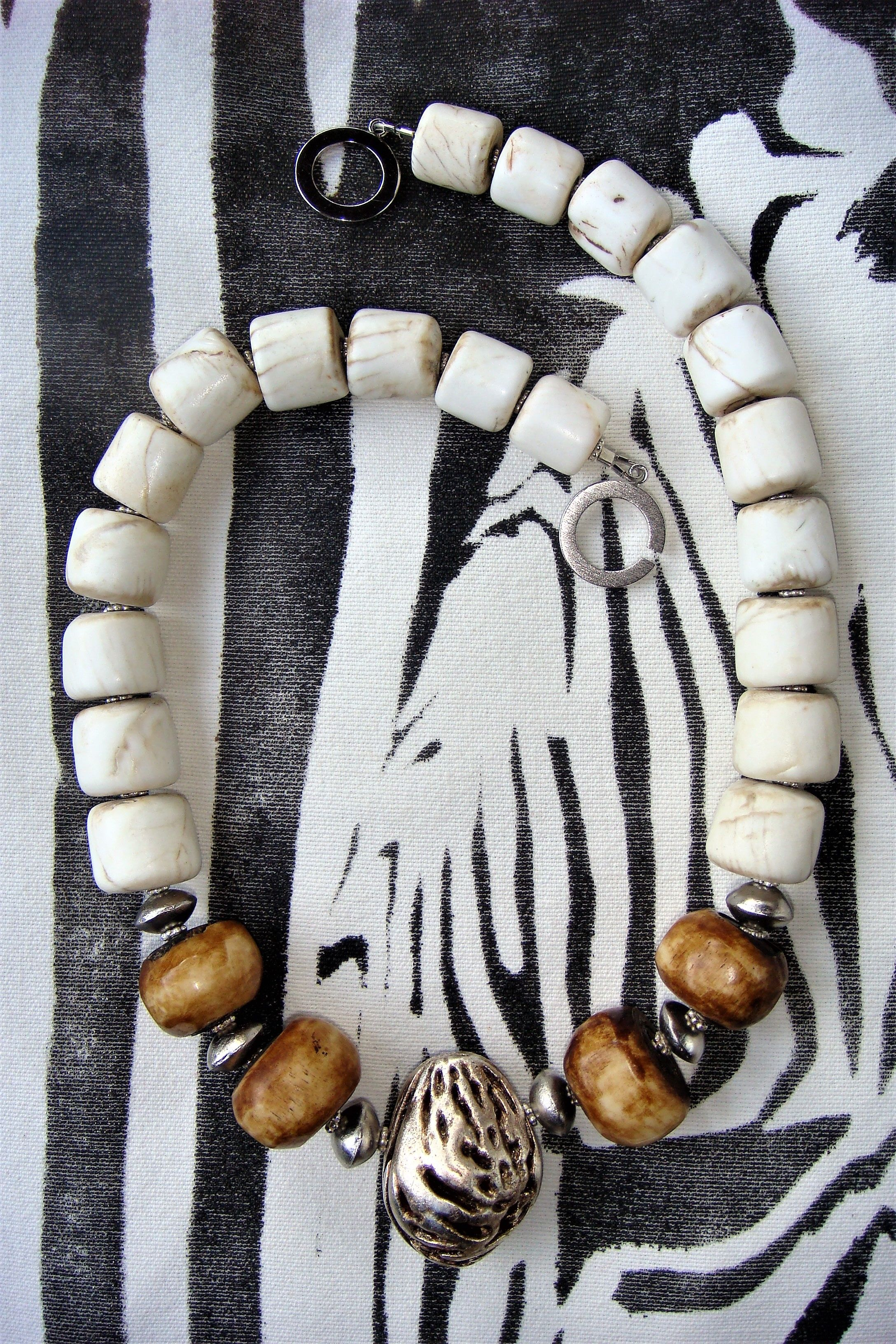 4 Conch Shell  beads