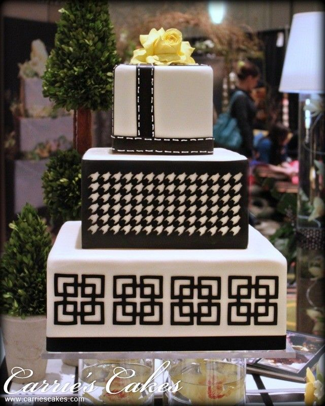 White Square Cake With Black Details Square Cakes Wedding