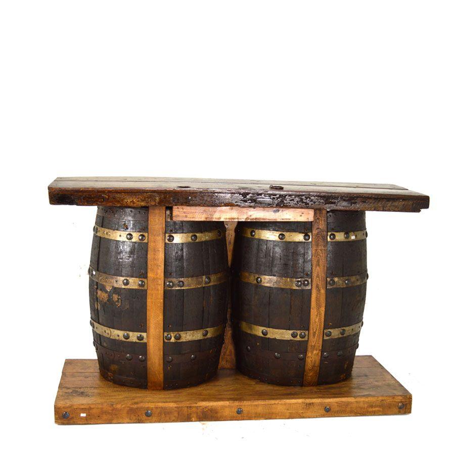 Barrel Bar Treppe