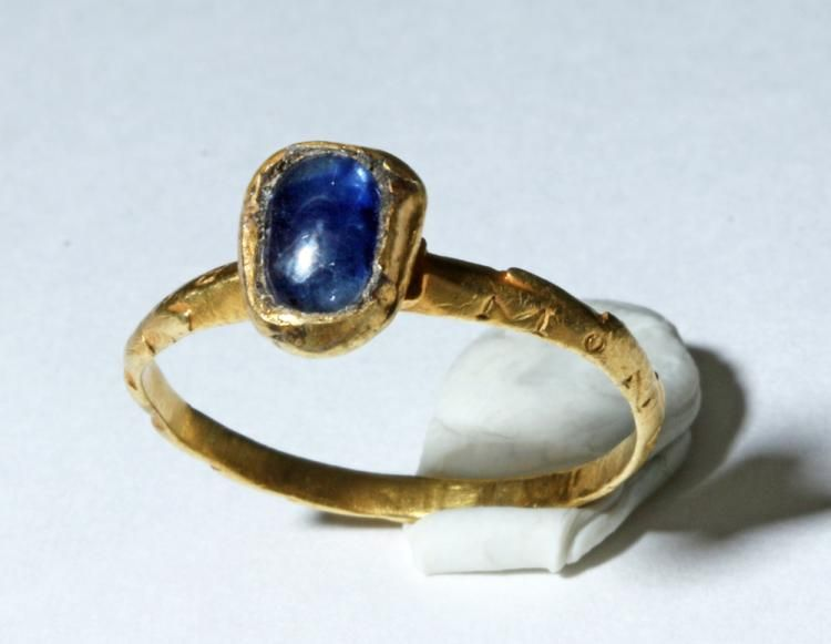 Roman Gold Inscribed Ring With 20 Carat Sapphire 1st 3rd