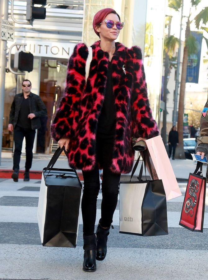 bfa0c36ddb41 Best Celebrity Coats: Ruby Rose in a pink leopard faux fur Marc Jacobs coat