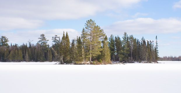 Global Warming Walls Of Ice From Minn Lake Creep Onto Land