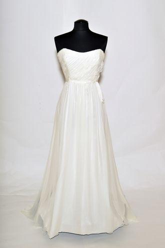 Alyne Bridal Diana | Brautkleider | Pinterest | James clifford ...