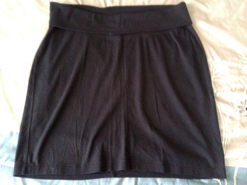 Cute! Black, Old Navy Maternity knit Skirt size MEDIUM - EUC!