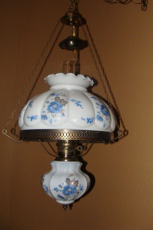 LLWMC Gone With The Wind Type Lamp Egg Shell Fenton Blue Vintage Antique Pick Up Free In Peoria Illinois Victorian LampsAntique