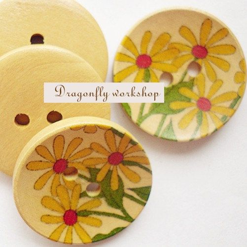 15 wooden buttons with flowers 3cm/21inch by DragonflyWorkshopYi,