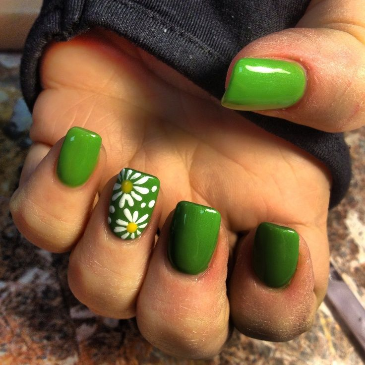 15 Sunflower Nail Designs for the Season - 15 Sunflower Nail Designs For The Season Green Nail, Sunflower