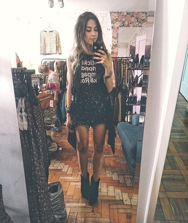De hoje no #fashioncooltureshop: all black com paêtes! ❤️