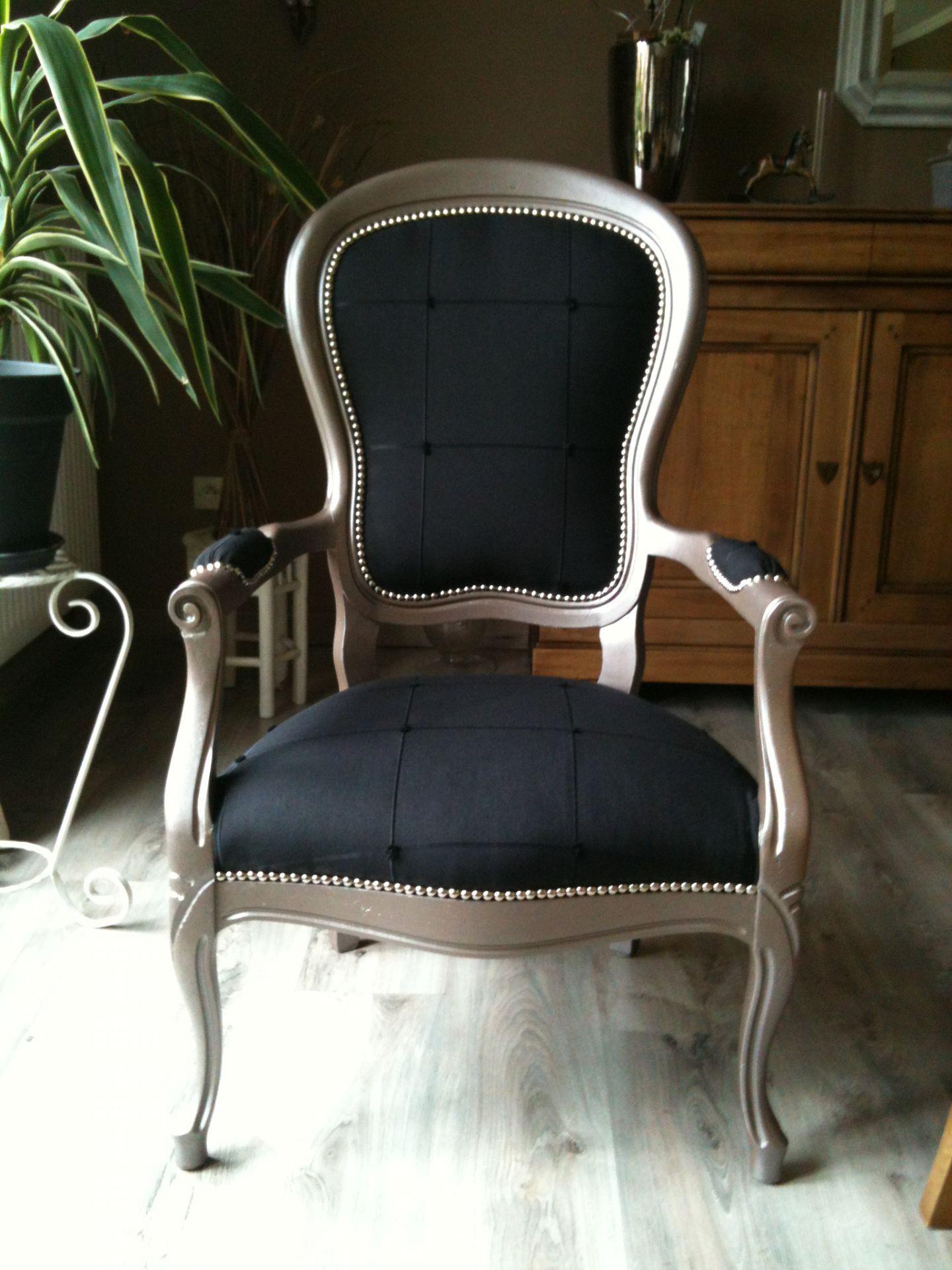 fauteuil medaillon